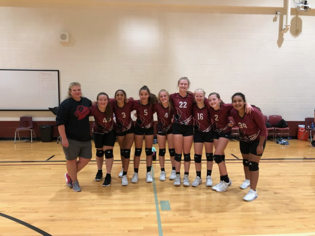 #Smiles: Riverton Middle School volleyball team wins conference championship